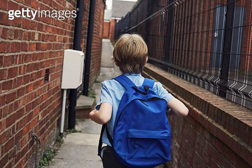 Child walking to school - gettyimageskorea