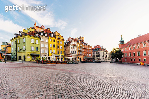 Warsaw old town on a sunny day, Poland - gettyimageskorea