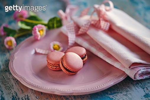 Strawberry Macarons Meringue-Based Confection - gettyimageskorea