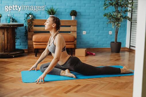 Yoga - gettyimageskorea