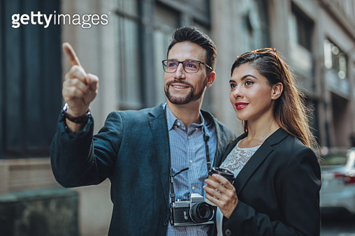 Tourist Couple - gettyimageskorea