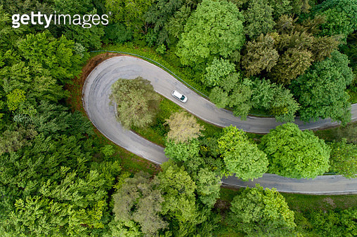 Hairpin curve , looking straight down - gettyimageskorea