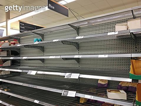 Coronavirus, COVID-19 pandemic, empty supermarket shelves from panic buying - gettyimageskorea