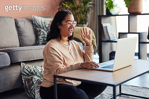 When friends are far, technology keeps them connected - gettyimageskorea