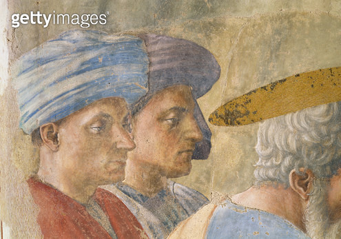 St. Peter Baptising the Neophytes: detail of two turbanned observers/ c.1427 (fresco) - gettyimageskorea