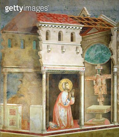 <b>Title</b> : St. Francis Praying in the Church of San Damiano, 1297-99 (fresco)<br><b>Medium</b> : fresco<br><b>Location</b> : San Francesco, Upper Church, Assisi, Italy<br> - gettyimageskorea