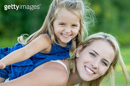 Single Mother with Her Little Girl - gettyimageskorea