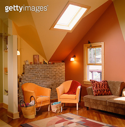 Bold Colors Emphasizing Finished Attic Ceiling - gettyimageskorea