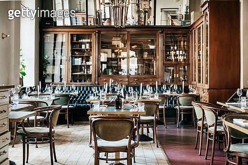 An Empty Luxurious Restaurant - gettyimageskorea