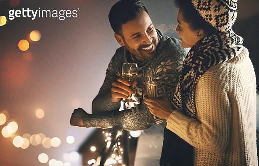 Christmas romance. - gettyimageskorea