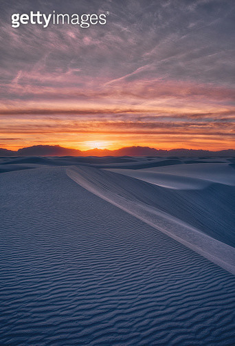 White Sands National Monument at Sunset - gettyimageskorea