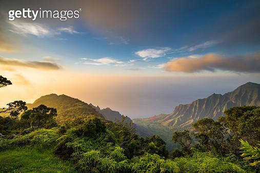 Hawaii Islands, Island Sunset, Sea, Tropical Climate - gettyimageskorea