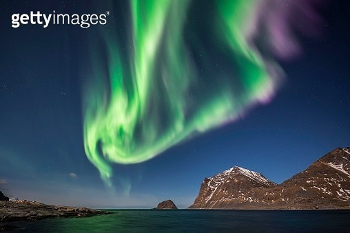 Northern Lights, Aurora Borealis, Haukland, Lofoten, Norway - gettyimageskorea