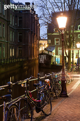 Amsterdam canals - 'love me - gettyimageskorea