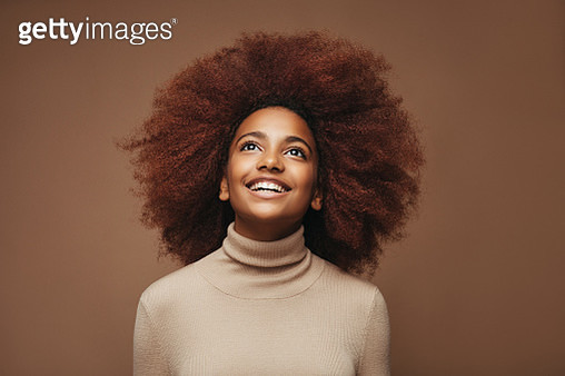 Photo of young curly girl - gettyimageskorea