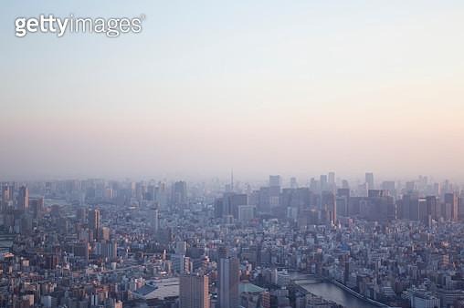 Tokyo skyline at dusk - gettyimageskorea