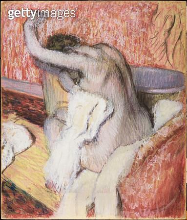 <b>Title</b> : After the Bath, Woman Drying Herself, c.1889-90 (pastel)<br><b>Medium</b> : pastel<br><b>Location</b> : Samuel Courtauld Trust, Courtauld Institute of Art Gallery<br> - gettyimageskorea