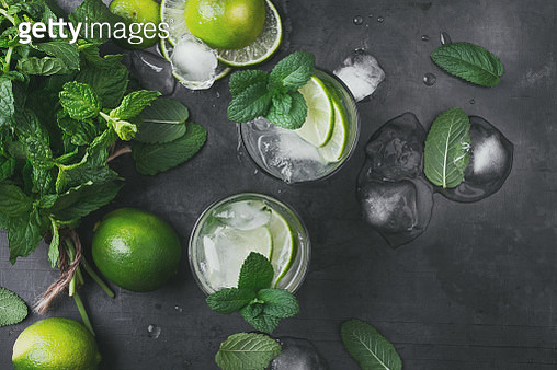 Refreshing summer drink mojito cocktail on gray background viewed from above - gettyimageskorea