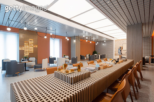 elegant long tables and chairs in modern hall - gettyimageskorea