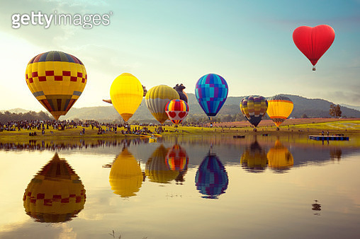 Balloon festival, landscape view and sunset. - gettyimageskorea