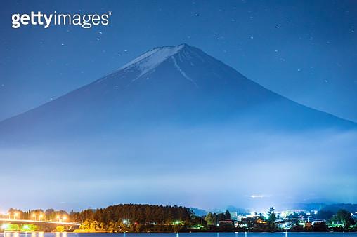 Mt.Fuji Japan Mountain Night starry sky Milky way - gettyimageskorea