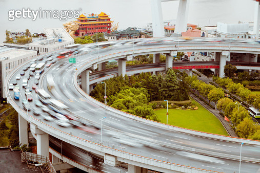 Traffic on Nanpu Spira of shanghai - gettyimageskorea