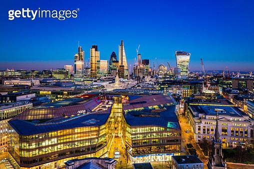 Skyscrapers in City of London - gettyimageskorea
