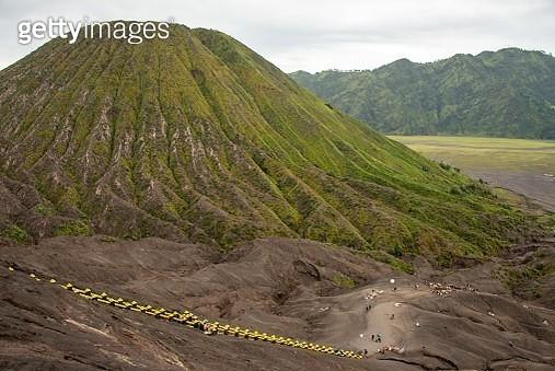 Stairway Towards Rim of Gunung Bromo, Java, Indonesia - gettyimageskorea
