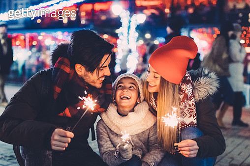 Family with daughter enjoying New Year - gettyimageskorea