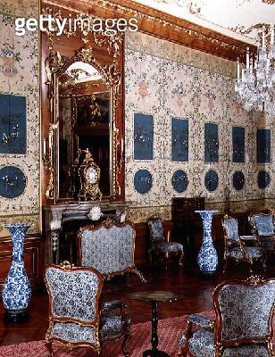 <b>Title</b> : The Blue Chinese Salon with hand-painted wallpaper and blue insets showing Chinese scenes<br><b>Medium</b> : <br><b>Location</b> : <br> - gettyimageskorea