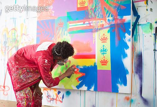 Artist working in his studio - gettyimageskorea