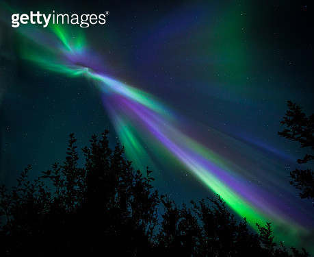 Northern Light Corona 2 - gettyimageskorea
