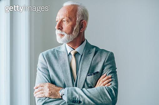 Portrait of successful mature businessman - gettyimageskorea