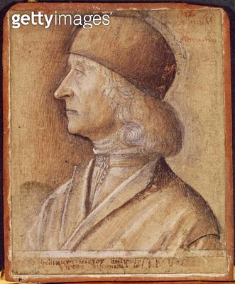 <b>Title</b> : Portrait of Giovanni Bellini (1430-1516) formerly attributed to Carpaccio, 1505 (charcoal and wash and bistre on paper)<br><b>Medium</b> : charcoal and wash and bistre on paper<br><b>Location</b> : Musee Conde, Chantilly, France<br> - gettyimageskorea