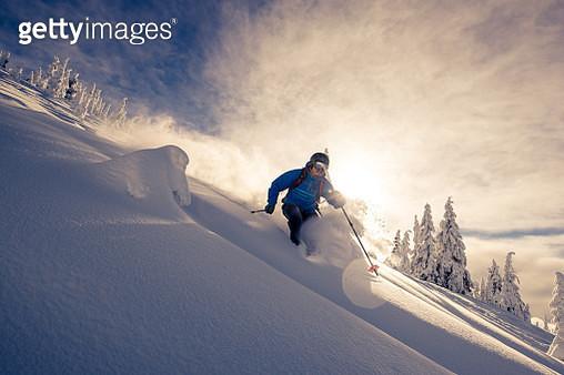 powder skiing - gettyimageskorea