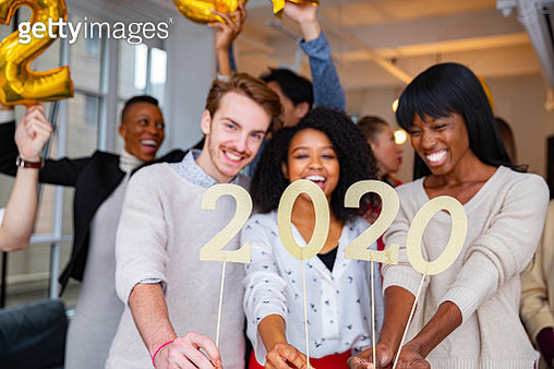 2020 celebrations new Year's Eve in the NY office - gettyimageskorea