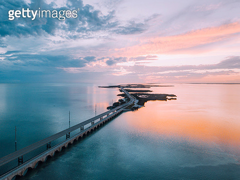 Seven Mile Bridge in Florida Keys - gettyimageskorea