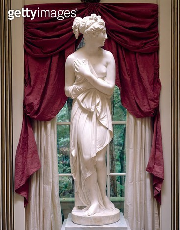 <b>Title</b> : Venere Italica, after Antonio Canova (1757-1822) c.1817 (marble)<br><b>Medium</b> : marble<br><b>Location</b> : The Rienzi Collection, Museum of Fine Arts, Houston, USA<br> - gettyimageskorea