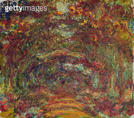 <b>Title</b> : The Rose Path, Giverny, 1920-22 (oil on canvas)<br><b>Medium</b> : oil on canvas<br><b>Location</b> : Musee Marmottan, Paris, France<br> - gettyimageskorea
