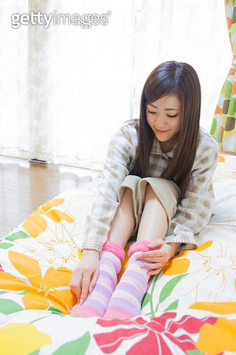 Japanese women who wear the thimble socks - gettyimageskorea