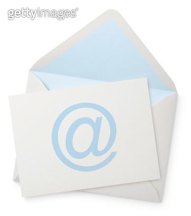 Envelope with blank note - gettyimageskorea