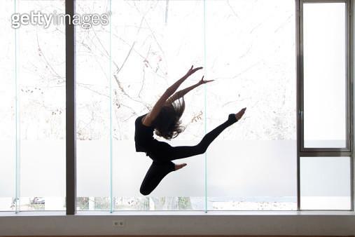 Girl jumping - gettyimageskorea