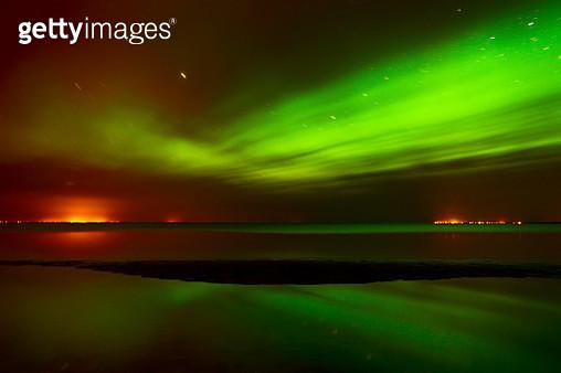 Aurora borealis and stars, Winnipeg, Manitoba, Canada - gettyimageskorea