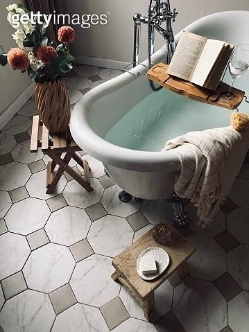 Interior Of Bathroom - gettyimageskorea