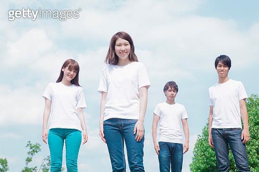 Young japanese people feeling neatness - gettyimageskorea