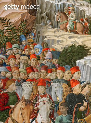 <b>Title</b> : Faces in the procession, including a self portrait by Gozzoli (wearing a red cap with the gold inscription: Opus Benotii), detai<br><b>Medium</b> : <br><b>Location</b> : Palazzo Medici-Riccardi, Florence, Italy<br> - gettyimageskorea