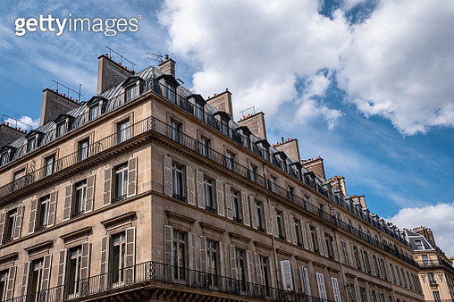 Traditional Examples of French Residential Buildings, Homes, Apartments and Living spaces in the heart of Paris France. - gettyimageskorea