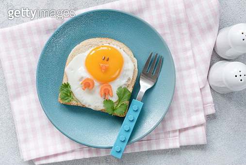Breakfast For Kids. Egg Toast With Funny Cute Food Art - gettyimageskorea
