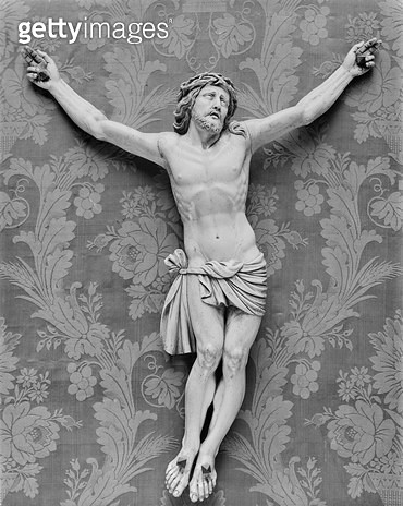 <b>Title</b> : Christ Crucified, by Michelangelo Buonarroti (1475-1564) (ivory)<br><b>Medium</b> : ivory<br><b>Location</b> : Private Collection, Paris, France<br> - gettyimageskorea