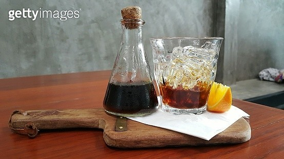 Close-Up Of Drink On Wooden Table - gettyimageskorea
